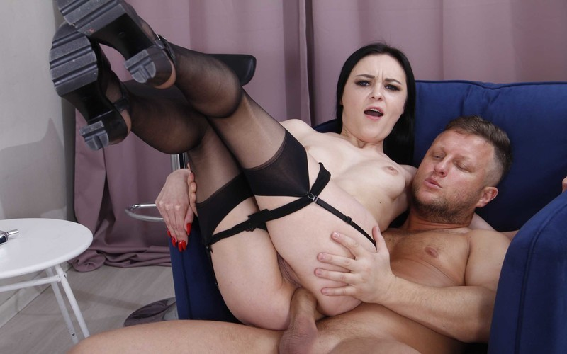 Beauty Kiara Gold Gets Ass Fucked Hard by Mr. Anderson's Big Cock + Spanking and Slapping + Gape VK032 [FullHD 1080P]