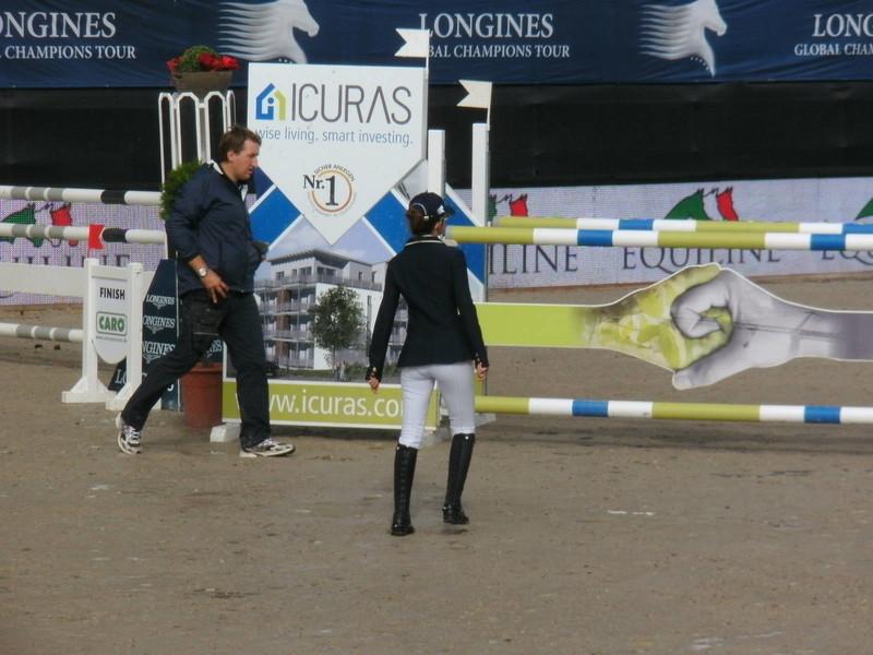 horse riding tournament girls in tight jodhpurs