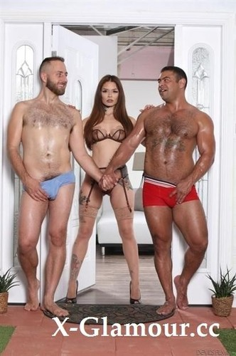 Vanessa Vega, Draven Navarro, Joel Someone - My Wife Found Out Im Bi! [HD/720p]