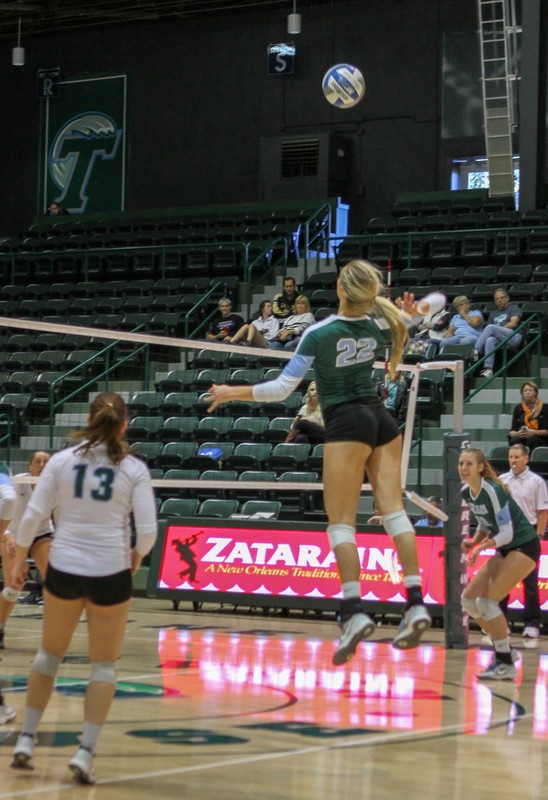 college volleyball teams in spandex bloomers