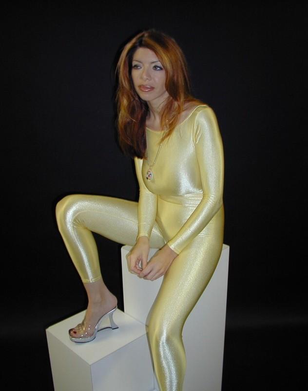 beautiful model Kelly catsuit fetish gallery