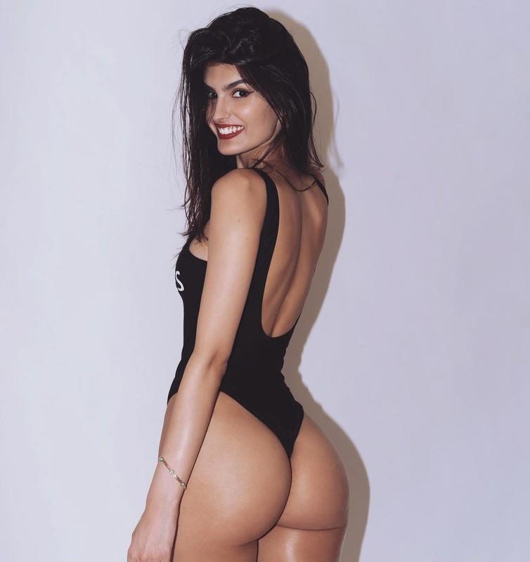 Yael Cohen  nackt