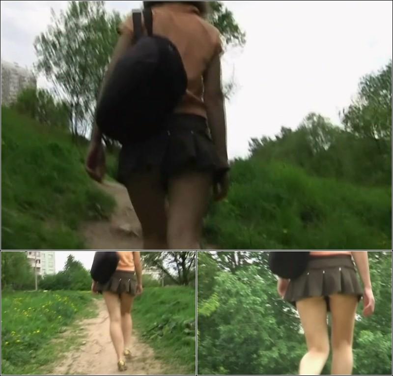 Upskirt No Panties 4097
