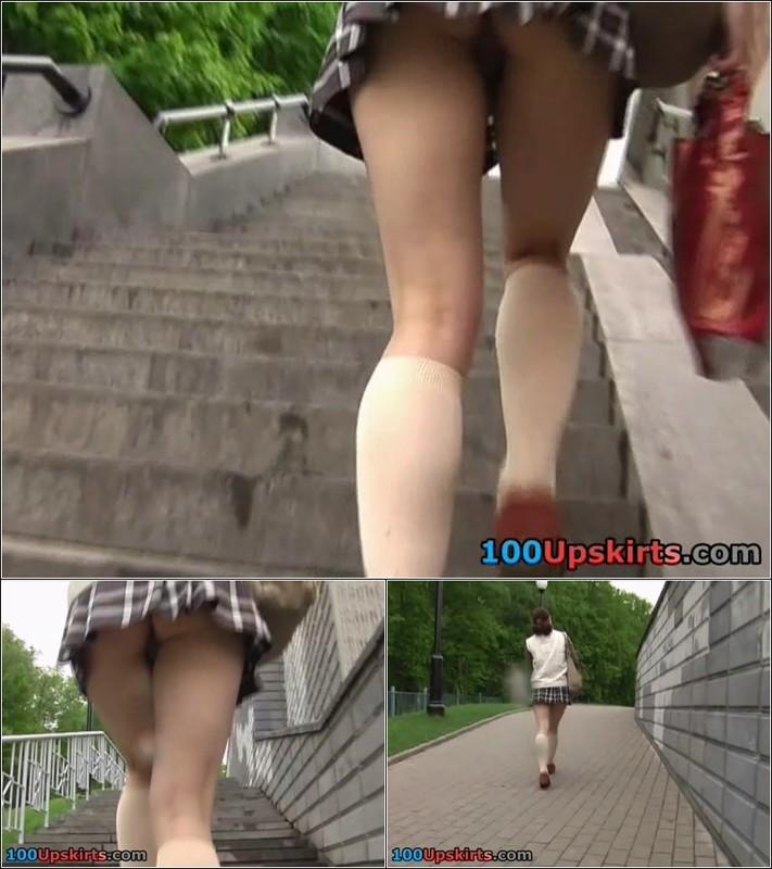 Upskirt No Panties 4275