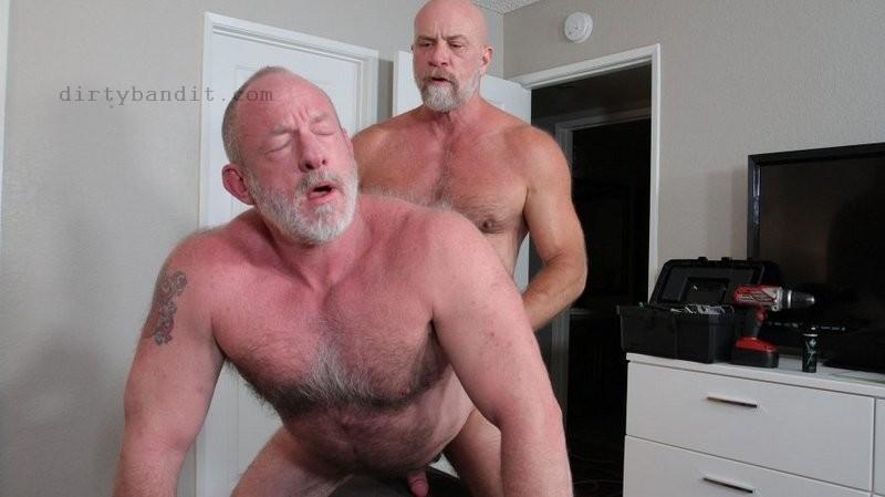 HotOlderMale - Blue Collar Dads: Jake Mitchell & Johnny Pierce Bareback