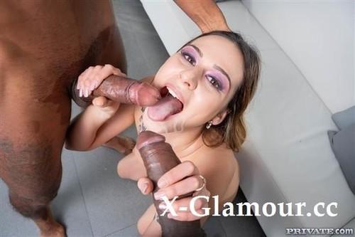 Horny Exchange Student Enjoys Interracial Threesome [SD]
