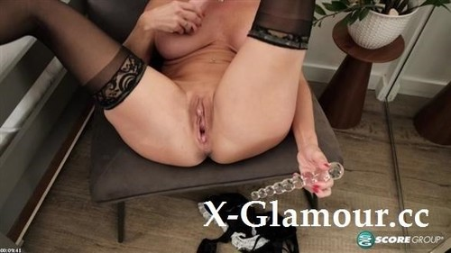 Kenzi Foxx - The French Maid Who Dps Herself (HD)