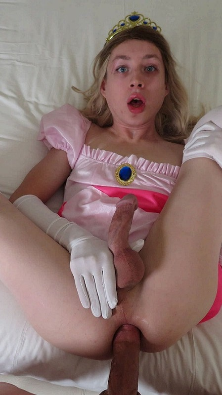 Kylie Kottonmouth Sissy Princess Slays A Big Dick (1 March 2021)