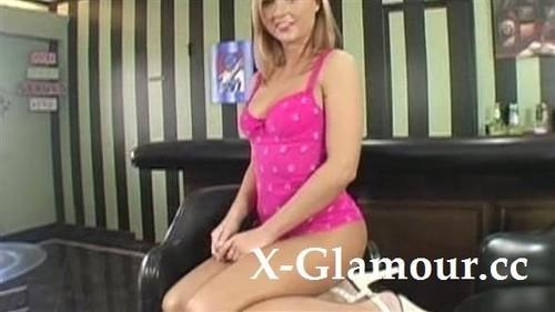 Amazing Babe Masturbating On Camera [SD]