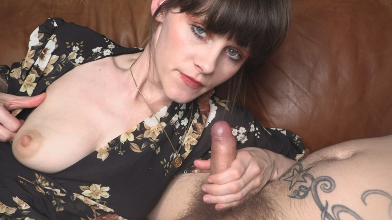Sydney Harwin - Mommy And Her Boy [FullHD 1080P]