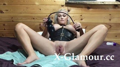 Huge Inflatable Plug For My Pussy [HD]