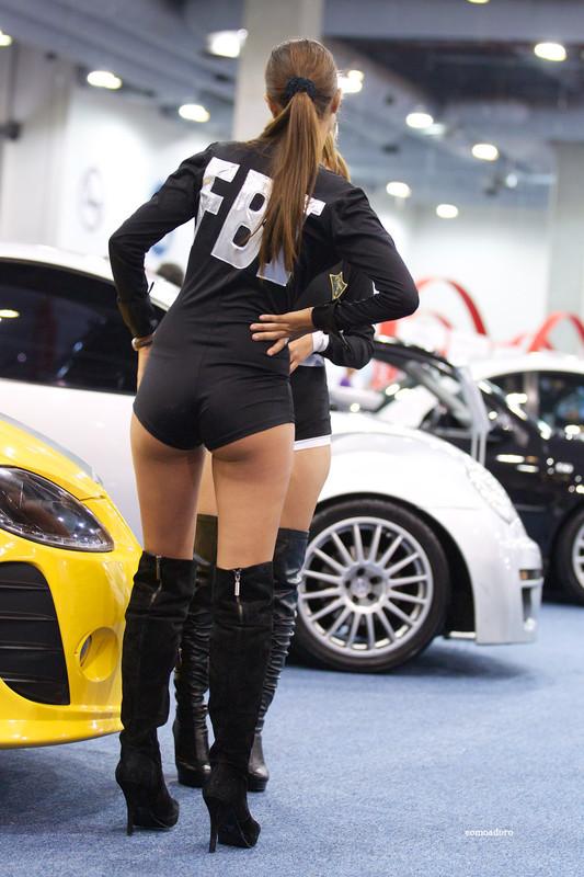 car show girls in kinky lycra shorts