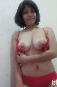 Foto Tante Rambut Pendek Bugil