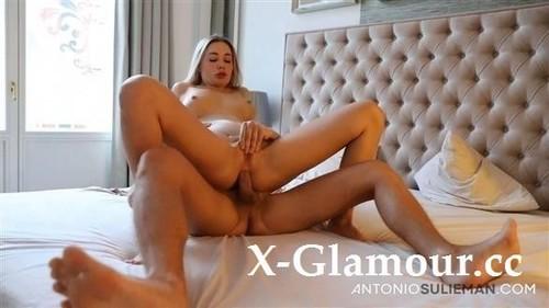 Polina Maxima - Venera Maxima [FullHD/1080p]