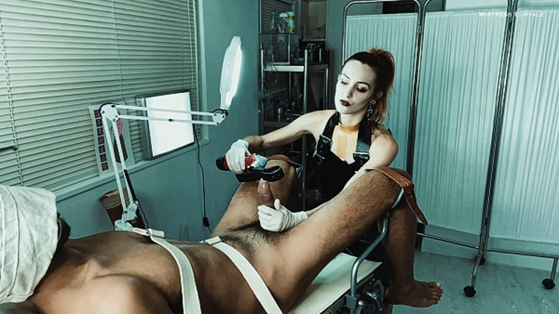 Clinical Extraction on the Gyno Chair [FullHD 1080P]