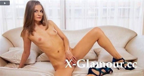 Cayenne Klein - Come As You Are (FullHD)