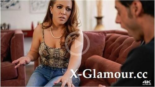 Carmen Valentina - He Loves Milfs (4K)
