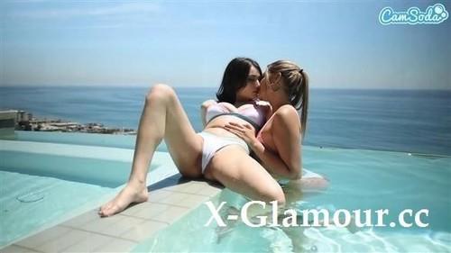 Gizelle Blanco, Liv Wild - Hot Lesbian Action [FullHD/1080p]